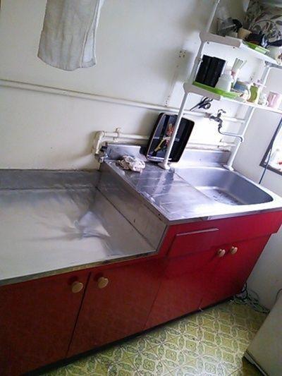 赤いキッチンもいいんじゃない?