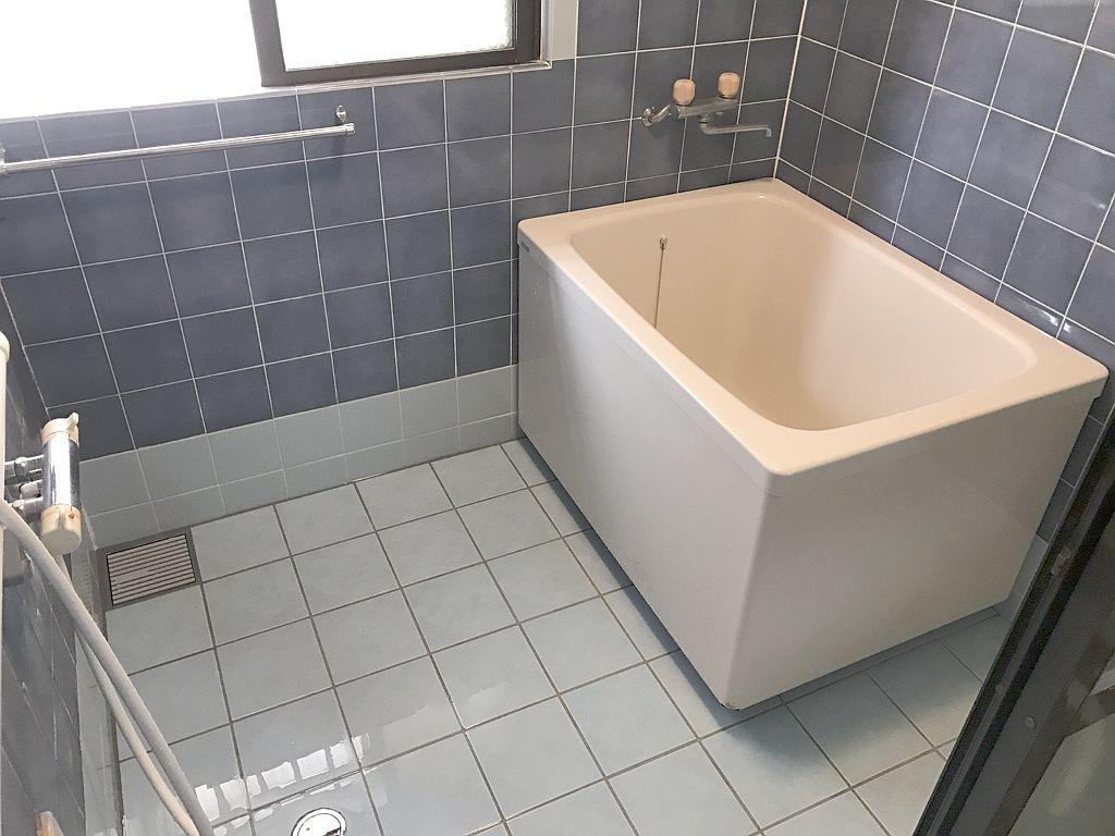 那覇市首里★浴室リフォーム(タイル張替え)